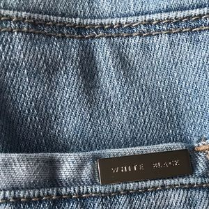 White House Black Market Jeans - White House Black market girlfriend jeans size 2